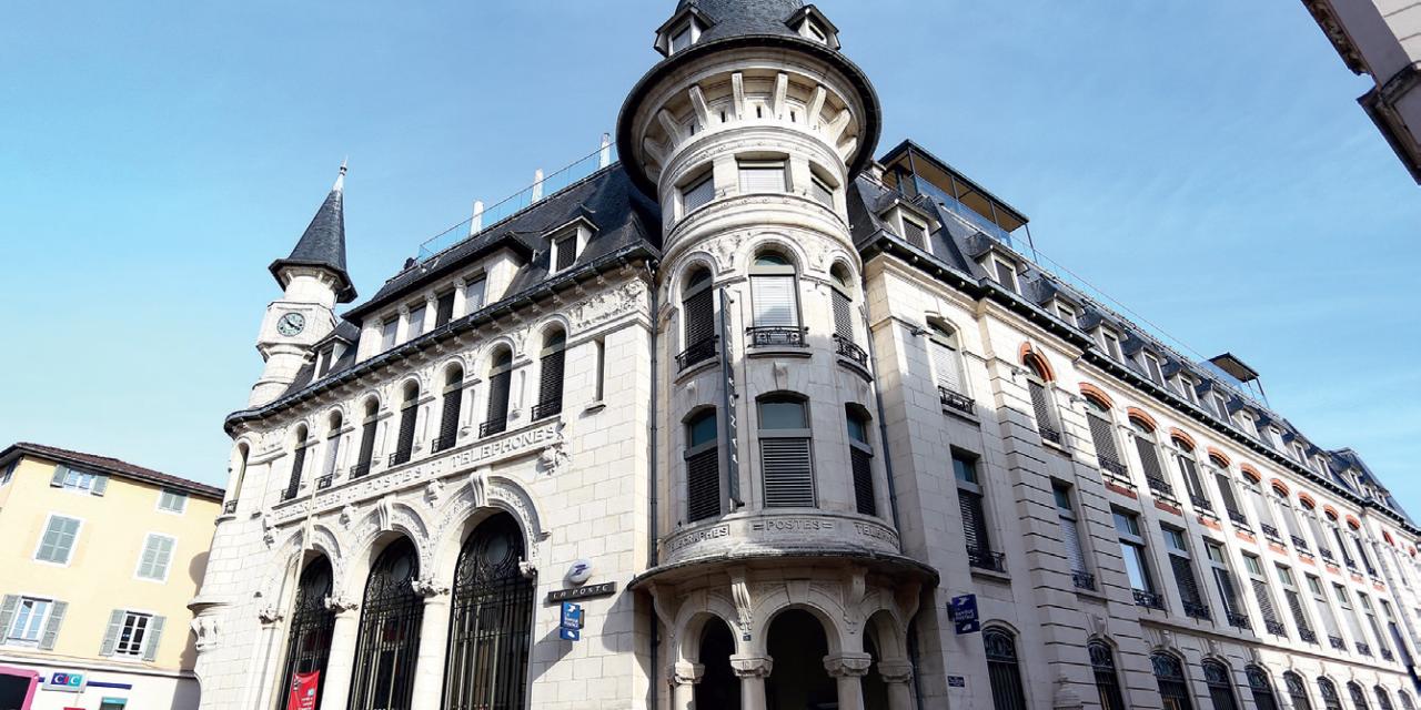 HISTOIRE : L'Hôtel des Postes